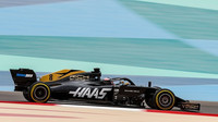 Romain Grosjean v rámci sezónních testů v Bahrajnu