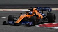 Fernando Alonso v rámci sezónních testů v Bahrajnu