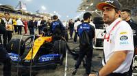 Fernando Alonso jako pozorovatel před závodě v Bahrajnu