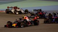 Pierre Gasly v závodě v Bahrajnu