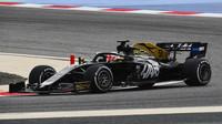 Pietro Fittipaldi v rámci sezónních testů v Bahrajnu
