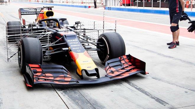 Red Bull vybaven sadou senzorů pro mapování aerodynamiky během sezónních testů v Bahrajnu