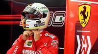 Sebastian Vettel v rámci sezónních testů v Bahrajnu