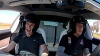 Tesla Model 3 Performance se sportovními tlumiči se na okruhu překvapivě osvědčila