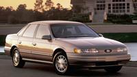 Ford Taurus vyráběný mezi lety 1992 až 1995