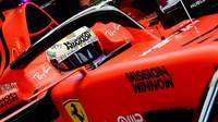 Sebastian Vettel při tréninku v Číně