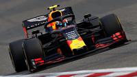 Honda teď může směle cílit na Mercedes, domnívá se pilot Red Bullu - anotační obrázek