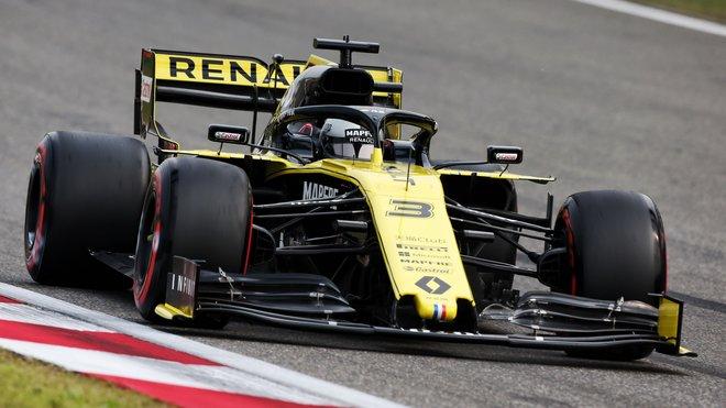 Daniel Ricciardo s Renaultem RS19
