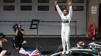 Lewis Hamilton po úspěšném závodě v Číně