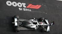 Vůz Lewise Hamiltona po závodě v Číně