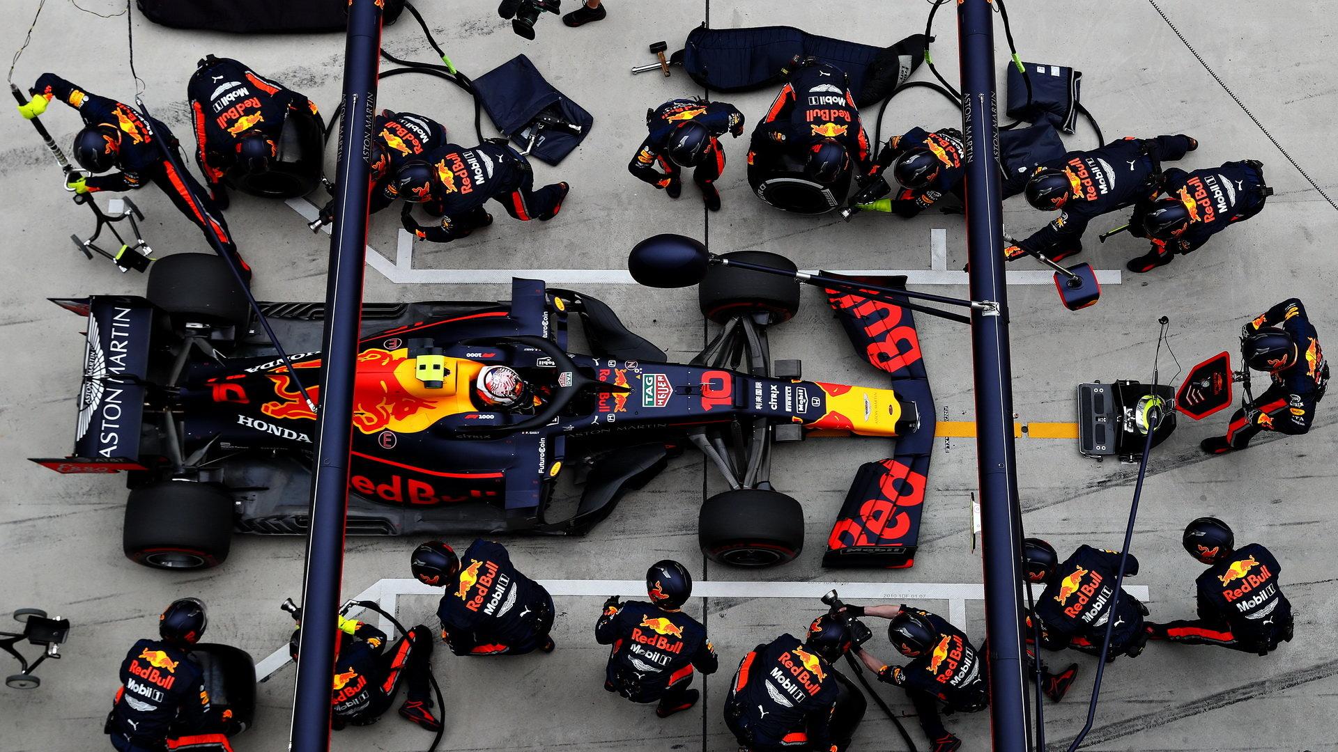 Rychlá zastávka v podání Red Bullu