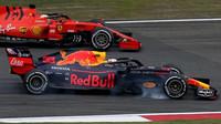 Max Verstappen v čínském duelu se Sebastianem Vettelem