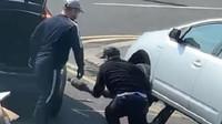 Zloději katalyzátorů se neštítili krádeže ani za bílého dne, katalyzátor z Priusu získali za necelou minutu (Twitter/@KeithPrinceAM)