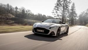 Nejrychlejší Aston Martin bez střechy? DBS Superleggera Volante má 725 koní a uhání až 340 km/h - anotační obrázek