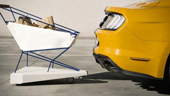 Speciální nákupní košík Ford využívá technologie automobilů, díky čemuž dokáže předcházet srážkám