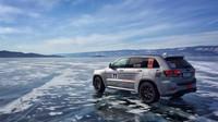 Jeep Grand Cherokee Trackhawk je nejrychlejším SUV světa na ledě