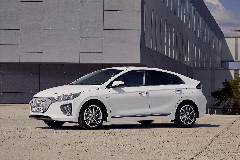 Modernizovaný Hyundai Ioniq míří na trh. Ekologie startuje na ...