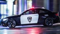 Na bezpečnost ve světě M Town dohlíží policejní speciál BMW M2 Competition