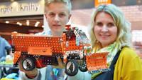 Studenti z Vysočiny stavěli tatrovky ze stavebnic v rámci soutěže Stavíme z Merkuru