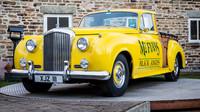 Užitkový Bentley? Australská láska k pick-upům stvořila unikátní stroj - anotační obrázek