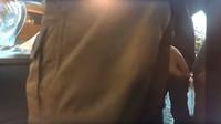 Sentry Mode zaznamenal dvojici vandalů, kteří úmyslně poškodil bok Tesly Model 3 (YouTube/sentry mode)
