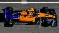 McLaren během sezónních testů v Barceloně