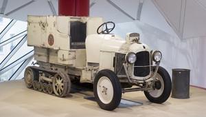 """Citroen postavil repliku """"Zlatého Skaraba"""" - prvního vozu, který přejel Saharskou poušť - anotační obrázek"""