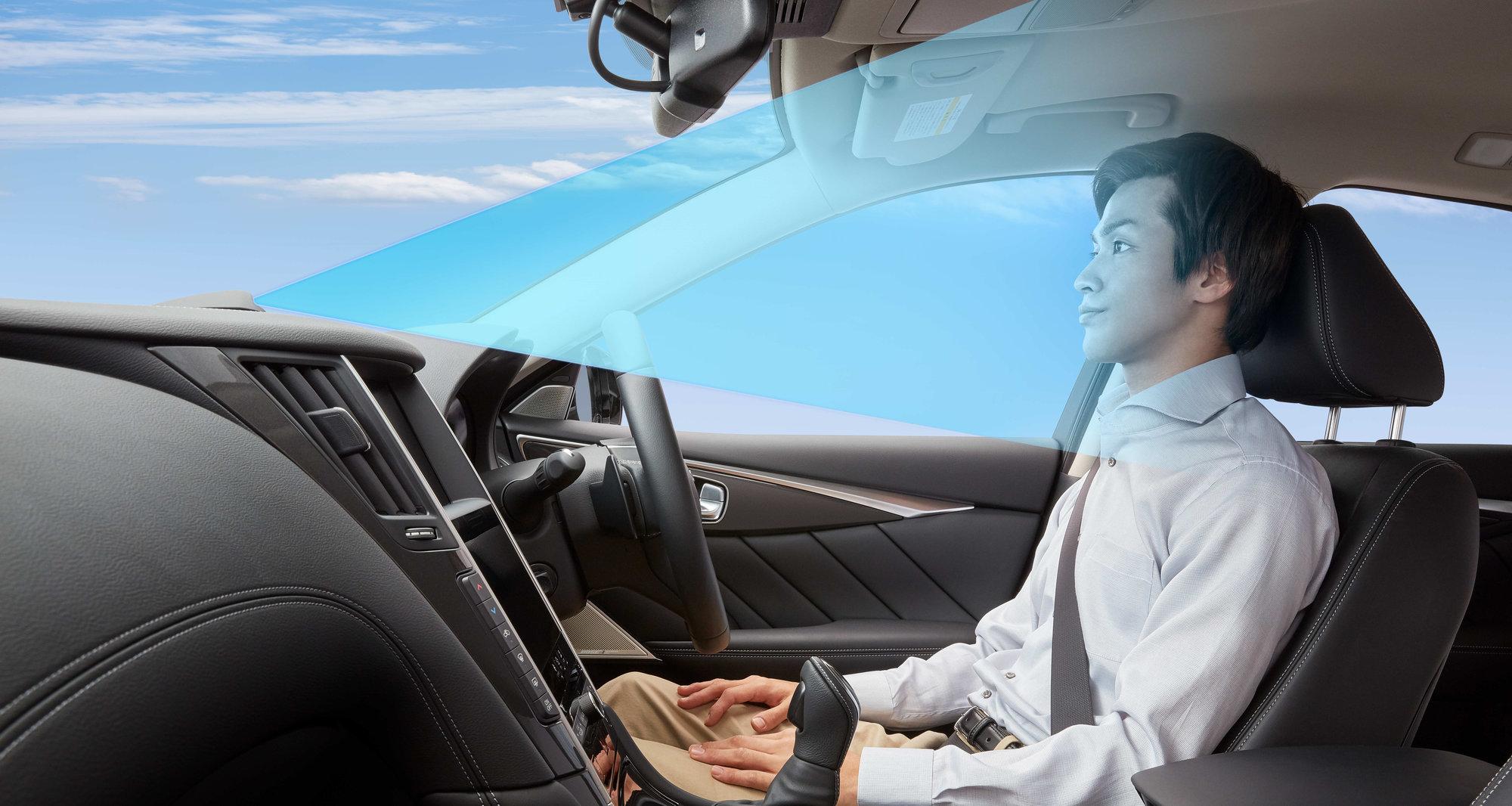 Jízda po dálnici bez rukou na volantu? Už v letošním roce - anotační obrázek