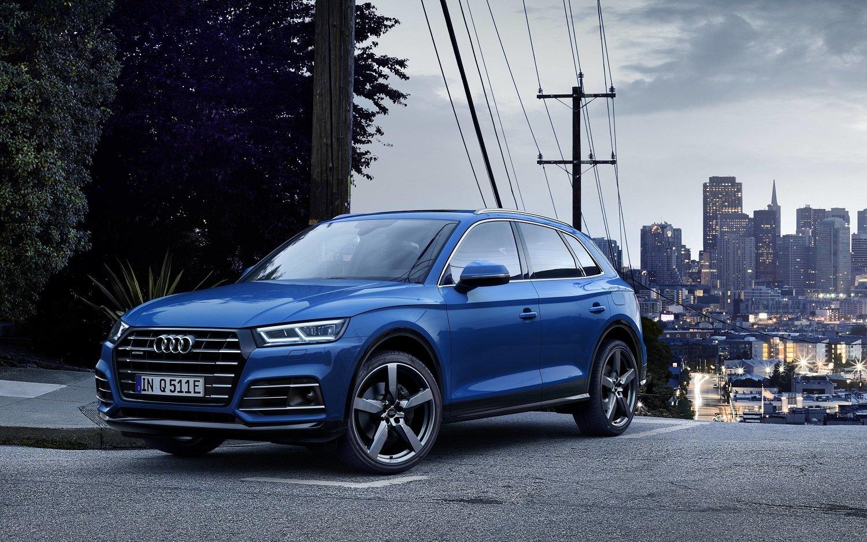 Hybridní Audi Q5 55 TFSI e Quattro nabídne sportovnost i elektrický dojezd až 40 km - anotační obrázek