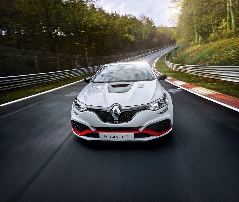 Nový král mezi hot-hatchy? Renault Megane R.S. Trophy-R zajel rekordní čas na Nürburgringu - anotační obrázek