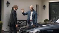 BMW poděkovalo bývalému šéfovi Mercedes-Benz za inspirující konkurenci a pak si lehce rýplo