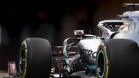 Lewis Hamilton v tréninku v Monaku