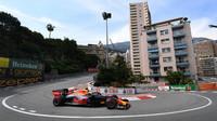 Max Verstappen během loňské kvalifikace v Monaku