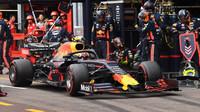 Mechanici Red Bull předvedli nejrychlejší zastávku