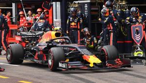 V boxech nejrychlejší Red Bull, jak v Singapuru vypadaly strategie? - anotační obrázek