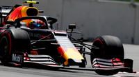 """""""Gaslymu pomohla v Británii změna přístupu, nikoliv Verstappenovo nastavení,"""" říká Horner - anotační foto"""