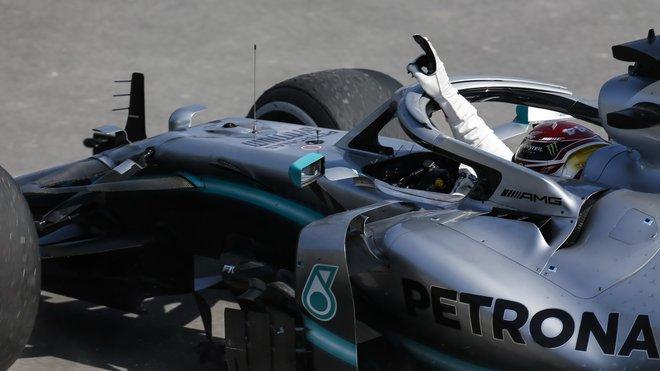 Lewis Hamilton si drží špičkovou formu