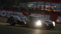 Štěstí přálo vozu č. 8 v závodě 24 hodin Le Mans mírou vrchovatou