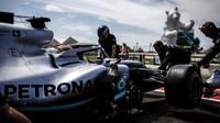 Lewis Hamilton v tréninku ve Francii
