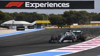 Lewis Hamilton nadále vítězí a má titul stále blíže