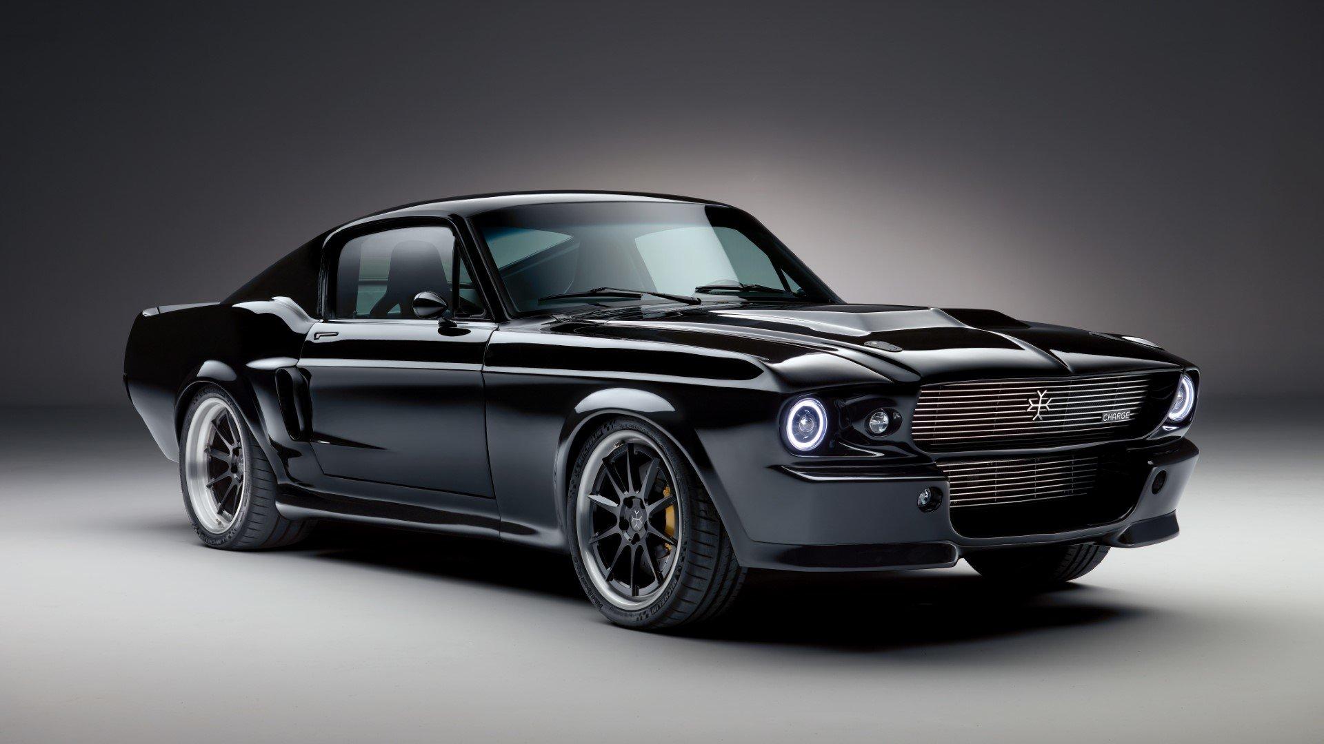 Elektrický Mustang se představí už přístí měsíc. Výkonem určitě zaujme - anotační obrázek