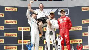 FOTO: Velká cena Francie s dalším skvělý výkonem Hamiltona. Ferrari rozpačité, McLaren potvrdil zlepšení - anotační obrázek