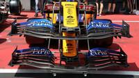 Přední křídla McLarenu ve Spielbergu