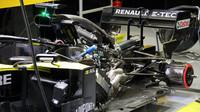 Pohonná jednotka za zády Renaultu