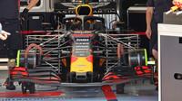 Red Bull se soustavou Pitotových trubic pro mapování aerodynamiky