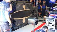 Podlaha Toro Rosso