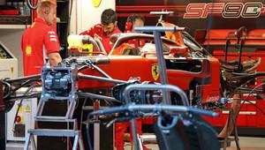 V čem tkví tajemná zbraň Ferrari? Soupeři netuší - anotační obrázek