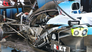 Motor Mercedes za zády Williamsu FW42