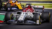 Kimi Räikkönen předvedl výtečný výkon, odstartuje z pátého místa