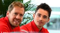 Sebastian Vettel a Charles Leclerc v tréninku v Silverstone